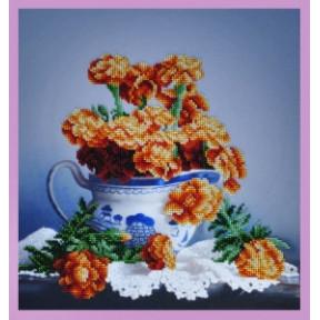 Набор для вышивания Картины Бисером Р-268 Бархатцы на столе