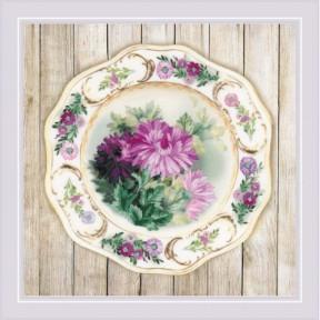 Набор для вышивки крестом Риолис РТ-0076 Тарелка с хризантемами