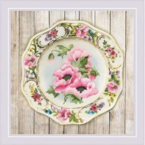 Набор для вышивки крестом Риолис РТ-0075 Тарелка с розовыми