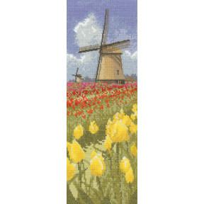 Схема для вышивания Heritage Crafts Tulip Fields HC587
