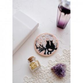"""Набор для вышивки бисером украшения на натуральном художественном холсте Абрис Арт """"Лунное свидание"""" AD-039"""