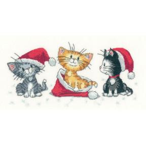 Набор для вышивания крестом Heritage Crafts Christmas Kittens H1156