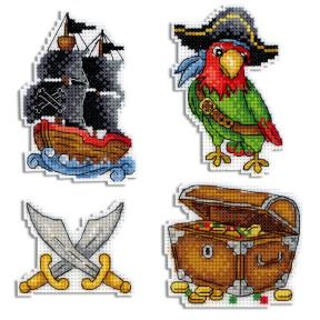 Набор для вышивки крестом МП Студия Под пиратскими парусами. Магниты Р-451