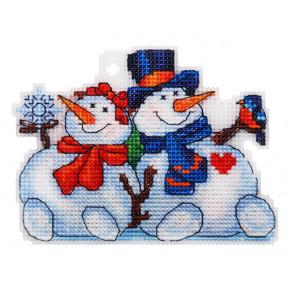 Набор для вышивки крестом Alisena Снеговички 8023а фото