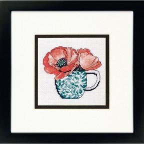 Набор для вышивания гобеленом Dimensions Floral Teacup 71-07247