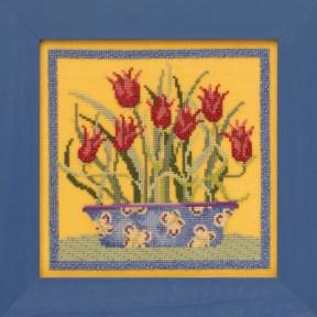 Набор для вышивания Mill Hill Tulips DM301913