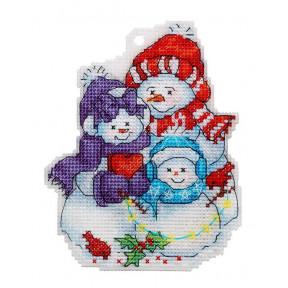 Набор для вышивки крестом Alisena Семья снеговиков 8033а фото