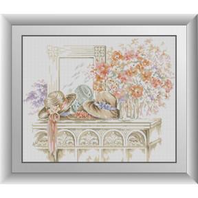 Набор для рисования камнями алмазная живопись Dream Art Цветы и шляпки (квадратные, полная) 30975D