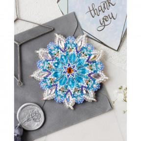 Набор для вышивки бисером украшения на натуральном художественном холсте Абрис Арт Снежинка. Брошь AD-091