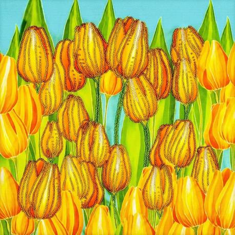 Радостные тюльпаны Набор для вышивки бисером Волшебная страна FLF-123