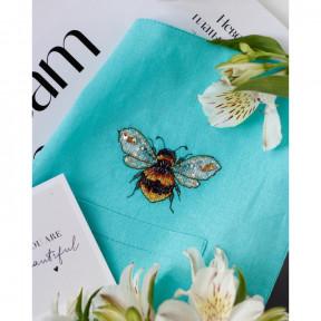 Золотая пчелка-1 Абрис Арт Набор для вышивания крестиком на водорастворимой канве АНО-014