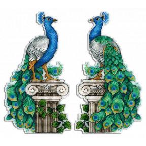 Королевский павлин Набор для вышивки крестом МП Студия Р-574